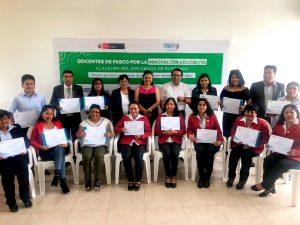 Docentes de Oxapampa recibieron certificación en diplomado de innovación educativa