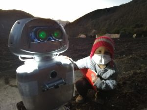 Registro de Iniciativas Pedagógicas: La robot creada por un docente para enseñar en las comunidades más alejadas de Huancavelica