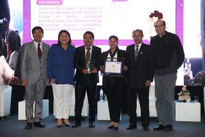 Ministerio de Educación reconoce a 368 docentes innovadores